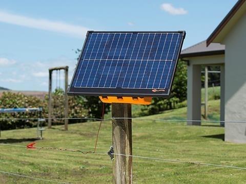 Agrovete - Eletrificadora Solar S400 4