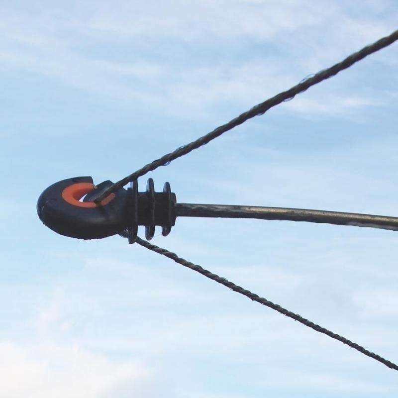 Agrovete - Isolador Afastador de Rosca XDI 20 cm - 10 uni. 2